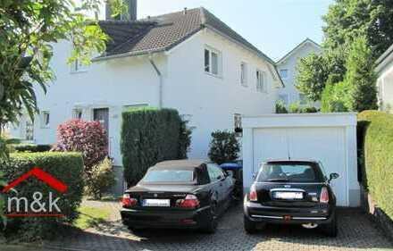Wunderschöne Doppelhaushälfte, ruhige Anliegerstraße im Herzen von Usingen, Garage, 2 Stellplätze