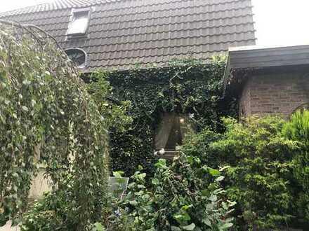 WG-geeignete 4 ZKB, Hunde willkommen, Klimaanlage, 2 Stellplätze, großer Garten