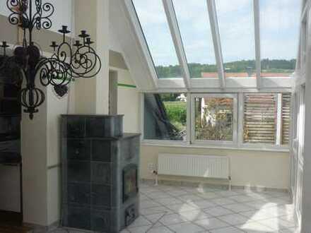Sanierte 5-Zimmer-Wohnung mit Balkon und Einbauküche in Amberg