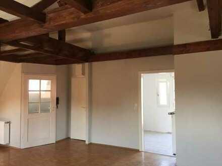 1.5 ZKB Studiowohnung im DG eines 3 Familienhauses