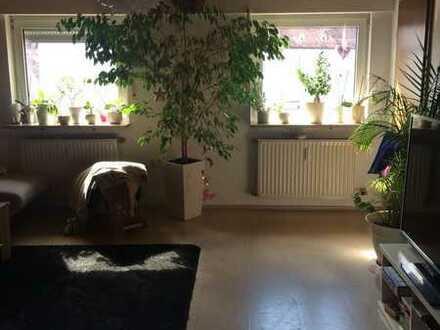 Schöne 3-Zimmer-Wohnung im 1.OG mit separater Terasse und Garten in Nürnberg-Reichelsdorf