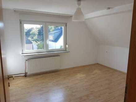 WG-Zimmer in 69 Quadratmeter-Wohnung zu vermieten
