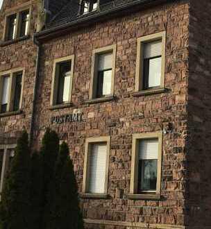 Erstbezug nach Sanierung: schöne 3-Zimmer-DG-Wohnung im ehemaligen Postamt