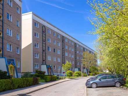 **Moderne Wohnung mit Balkon**