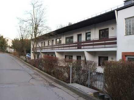 Modernisierte 3,5-Zimmer-Wohnung mit Balkon und Fernblick