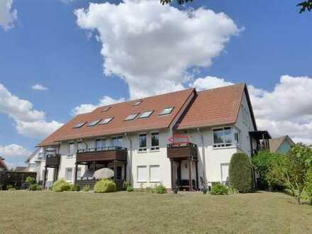 ☆ ☆ ☆ ☆ ☆Neubrandenburg: Neuwertige Maisonette-Wohnung, Balkon, Carport, beliebte Wohngegend ☆ ☆ ☆ ☆