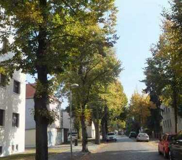 Ruhig und im Grünen gelegene 3-Z-DG-Maisonettte-WOHNUNG (WE 7)