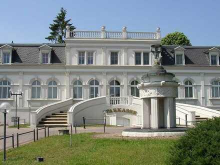 Kaufen Sie sich eine Bank im Berliner Umland