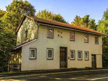 1 - 2 Familienhaus mit kleinem Hof