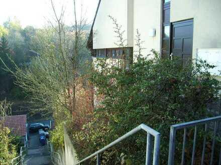 Sehr schönes 1 Zimmer Appartment mit Terrasse und Kellerabteil.