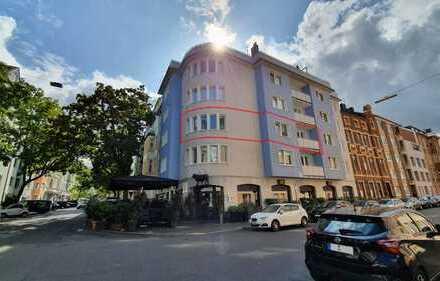 Erstbezug nach Sanierung: helle, stilvolle 2-Zimmer-Wohnung mit Balkon im Szeneviertel