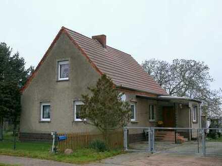 geräumiges Einfamilienhaus in schöner Naturlage, Nähe Wittstock