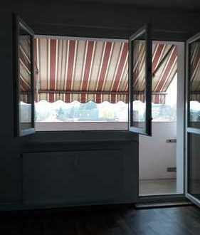 Frisch sanierte 67 m² Wohnung mit Balkon inkl. Markise
