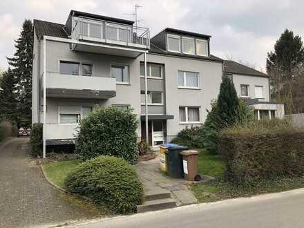 Kernsanierte Wohnung mit 2 Balkonen