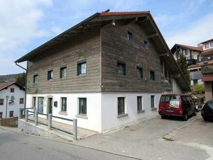 Einfamilienhaus in ruhiger und zentraler Wohnlage von Bischofsmais