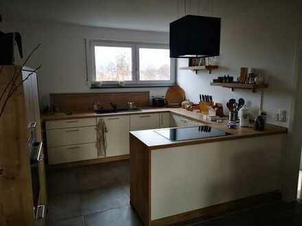 Neuwertige 3-Zimmer-Wohnung mit riesiger Terrasse und EBK in Zwickau