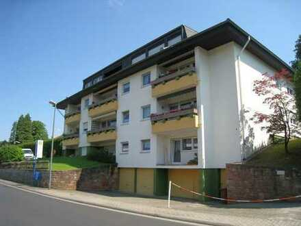 Gepflegte 2-Zimmer-Wohnung mit Balkon und EBK in Bad Orb