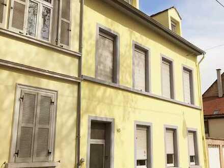 Speyer Zentrum! Sanierungsbedürftiges Mehrfamilienhaus mit Potential in TOP-Lage!