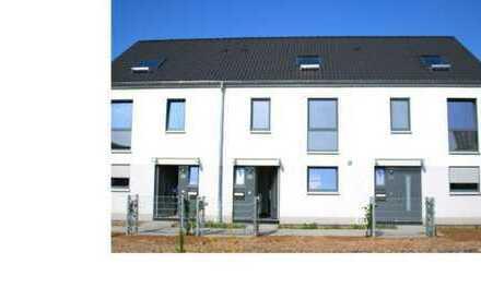 Neubau-Reihenmittelhaus zu vermieten