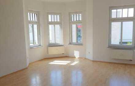 Sonnige Büroräume in Leipzig - viel Platz für Personal und Kunden - sofort beziehbar!