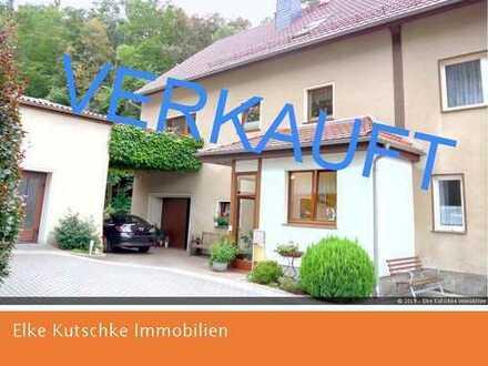 Einfamilien - Doppelhaushälfte mit Nebengeb. / Garagen bei Bautzen
