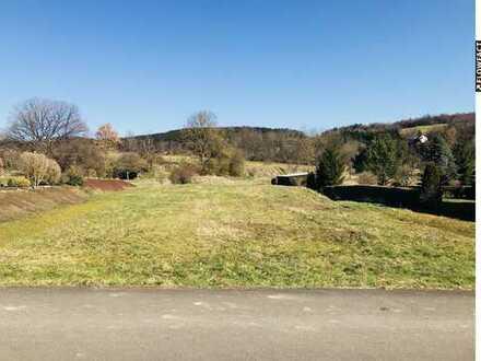 Bereborn: Voll erschlossenes Bauland mit Bachlauf in idyllischer Lage