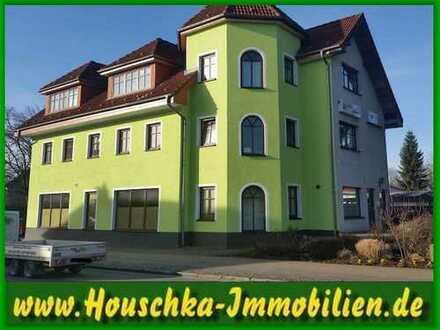 Singlewohnung im 2. OG mit Balkon und Wannenbad