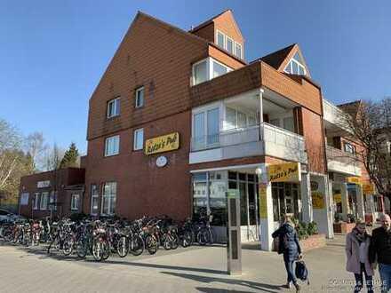 Courtagefrei! Helle Büroräume am Poppenbüttler Bahnhof!