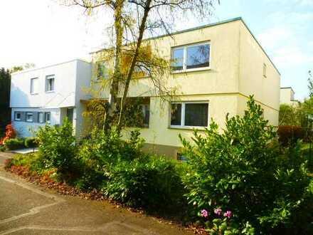 Erstbezug nach Sanierung mit 2Balkonen: stilvolle 3-Zimmer- Wohnung in Stuttgart-FreibergStuttgart