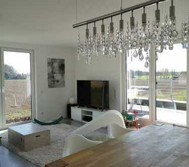 Modern, ruhig, lichtdurchflutet: Dachterrassenwohnung mit Weitblick