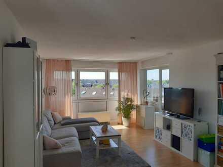Helle 3-Zimmerwohnung mit Balkon, EBK, Aufzug und Stellplatz in Köln-Rondorf