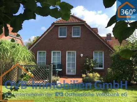 Herzlich Willkommen! Landhauscharakter und exzellente Lage vereint dieses charmante Friesenhaus