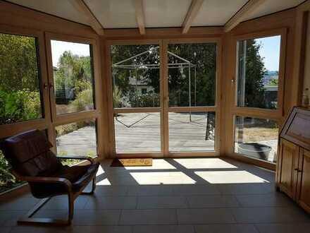 Modernisierte 4-Zimmer-Wohnung mit Terrasse, Wintergarten, EBK und Gartennutzung in Künzell