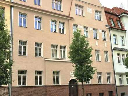 Sichere Kapitalanlage in beliebter Wohnlage ! Schöne 2-Raumwohnung mit Balkon zu verkaufen !