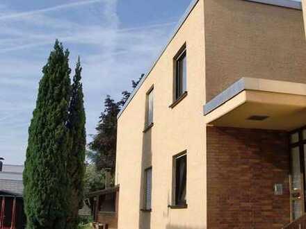 5-Zi-Maisonette, Tgl.-Bad, Gäste-WC, 2 Eingänge (z.B. Arbeiten separat), Terrasse, Balkon, v. Privat