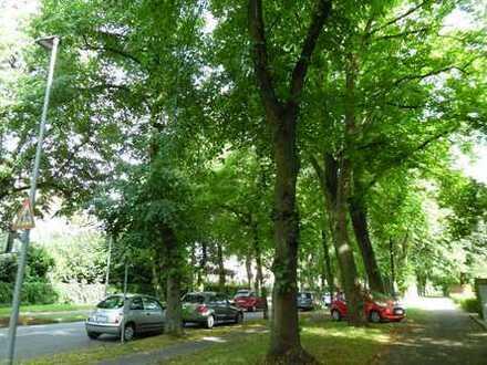 Helle Wohnung mit Blick ins Grüne