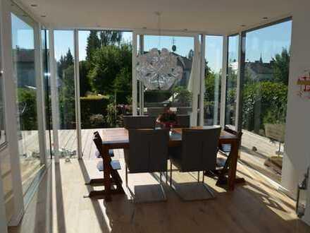 Aufwendig saniertes Einfamilienhaus in Bestlage zu vermieten