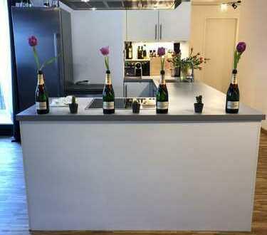 Designer Wohnung in Sendling München 2.650 €, 75 m², 2,5 Zimmer - ausgestattet von Patoko Suchani