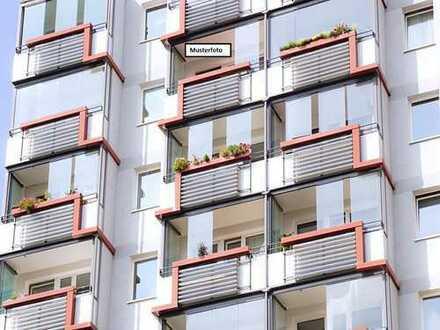 Mehrfamilienhaus in 51375 Leverkusen, Martin-Luther-Str.