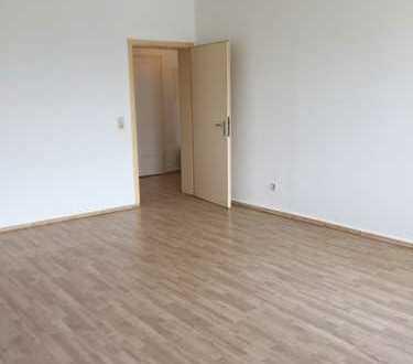 großzügige, äußerst gepflegte 2,5-Raum-Wohnung im Bochumer Zentrum