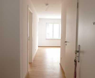 Erstbezug: exklusive 2-Zimmer-Wohnung mit EBK und Balkon in Burglengenfeld