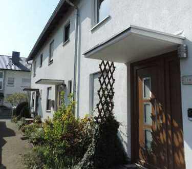 Meiss Unternehmensgruppe - Rodgau-Weiskirchen, modernisiertes RH in familienfreundlicher Lage