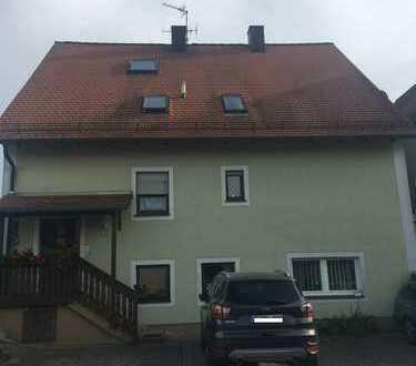 Schöne Maisionette-Wohnung im Ortsteil von Petersaurach