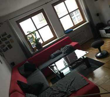 15qm Zimmer in 4er-WG mitten im schönen Landshut