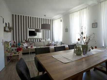 Neuwertige 3,5-Raum-Fachwerkwohnung mit Terasse und Einbauküche in Northeim (Kreis)