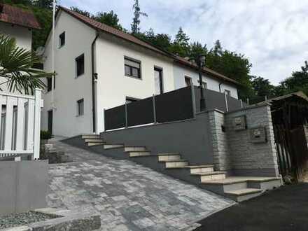 Erschwingliche 100 qm Doppelhaushälfte in der Nähe von Regensburg