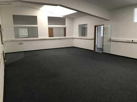 Büro oder Praxisräume 50 - 900 m² (teilbar) günstig zu vermieten!