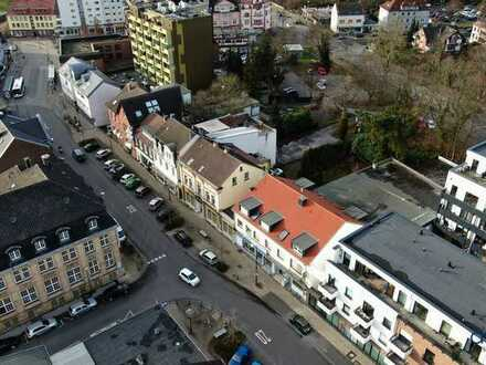 Baugrundstück in stadtzentraler Lage mit großzügigen Bebauungsmöglichkeiten!