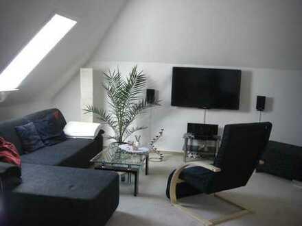 Schicke 1 Zimmer Dachwohnung in Gehrden zu vermieten