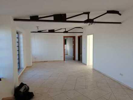 Einzigartige Penthouse-Wohnung mit großer Dachterrasse